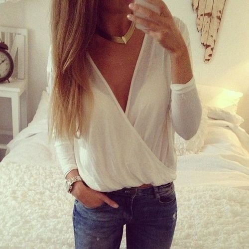 blonde, cleavage, cool, girl, jeans, long hair, slim, style