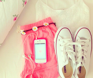 all star, converse, flowers, messages, notes, photo, photography, pink ...: favim.com/image/1909556