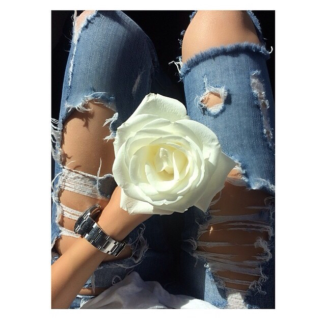 cute, elle, flower and ripped jeans
