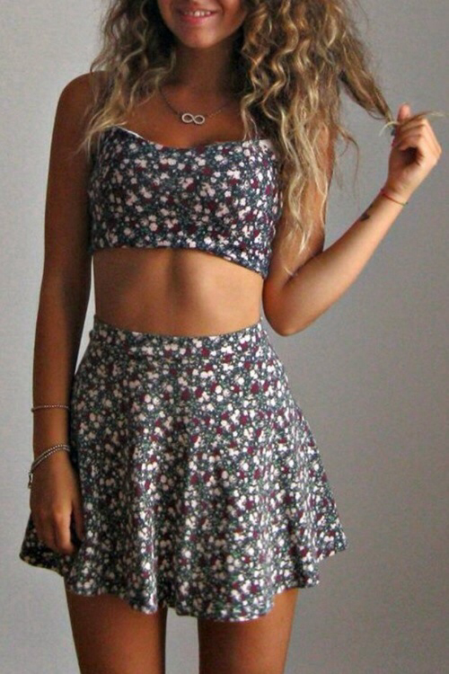 beautiful crop top cute fashion girl need outfit pretty skater