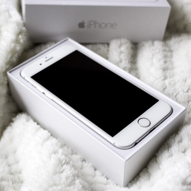 Iphone  Silver