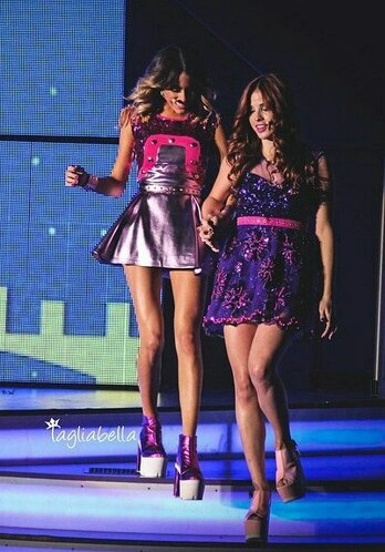beautiful, cande, candelaria molfese, live, martina, martina stoessel, violetta, tini, candelaria, tini stoessel