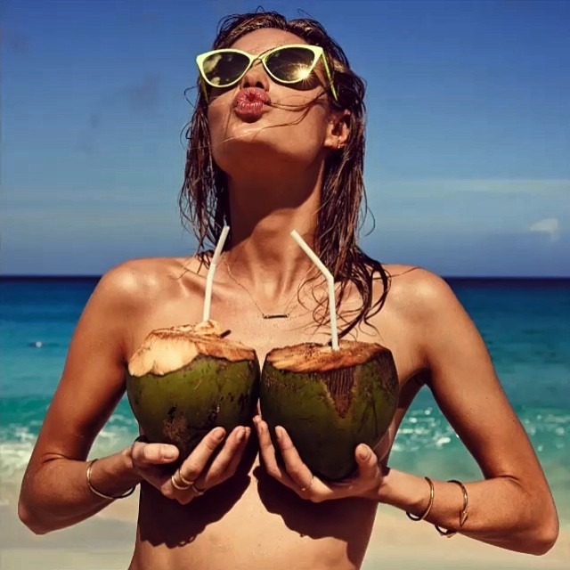 http://s6.favim.com/orig/150825/beach-beautiful-coconut-girl-Favim.com-3182116.jpg