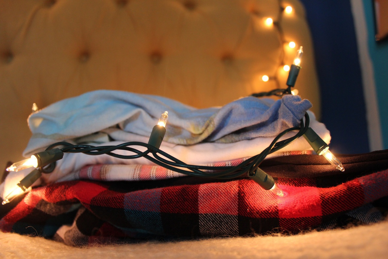 canon camera, clothes, fall, flannel, instagram, lights