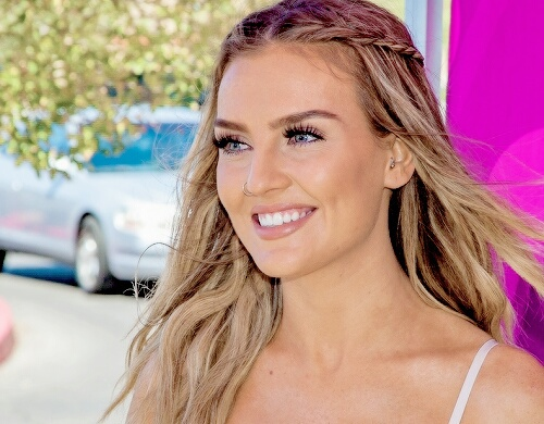 Perrie Edwards Image 3518922 By Helena888 On Favim Com