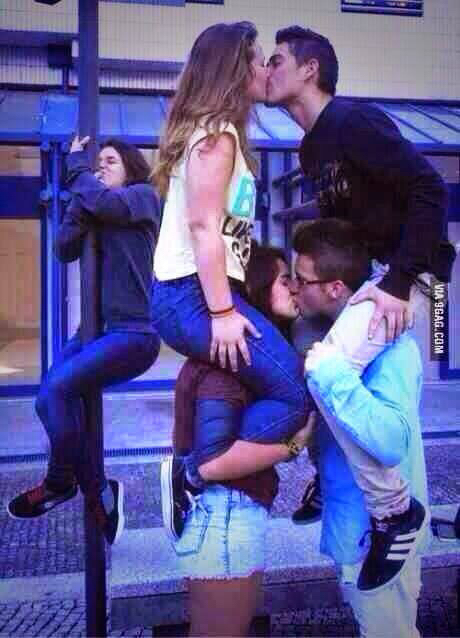 alone, couple, forever alone and foreveralone
