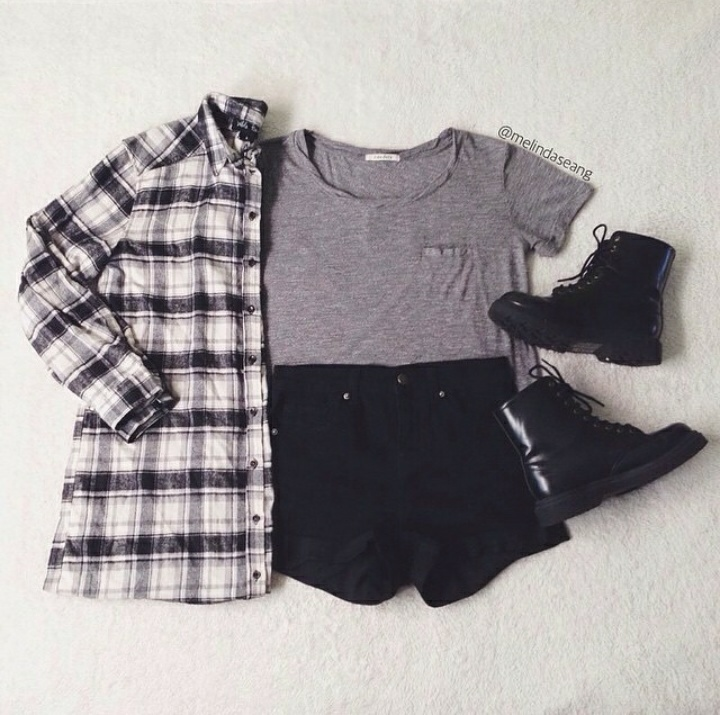 autumn, bag, beautifull, beauty, black, boots, bracelet, clothes, collar, heart, jacket, jew, jewelry, jump, look, mini, moda, necklace, outfit, ring, shirt, short, shorts, slippers, spring, style, t-shirt, top, want, we heart it, wear, winter, wom