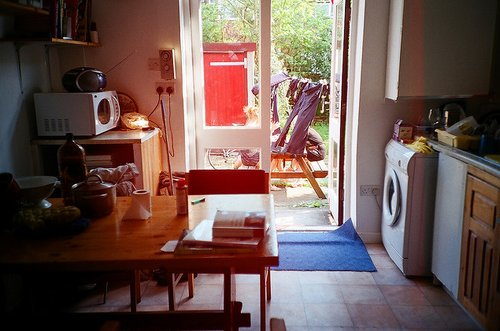 apartment, garden, hipster, house, indie, photography, retro, student, summer, sun, sunlight, table, vintage, washing machine