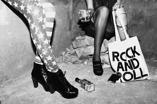Black amp white drunk girls rock and roll image 540854 on favim