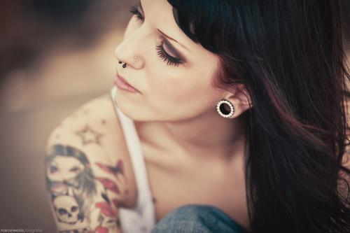Qotd 94 what is beauty do looks matter sfw the tfp for Tattoos and piercing