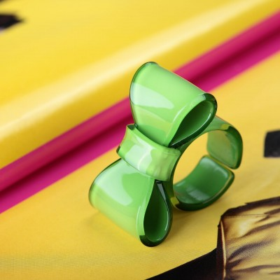 acrylic bow ring, big bow ring, bow ring and green bow ring