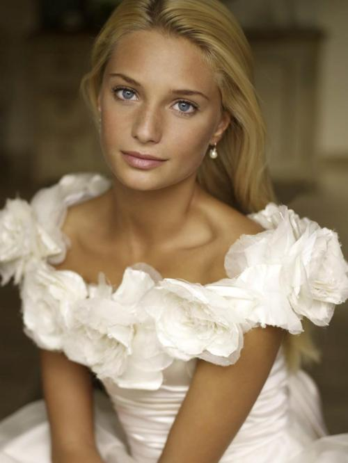 Picture Perfect Makeup Wedding : cute, blonde, girl, amazing, face - image #580259 on Favim.com
