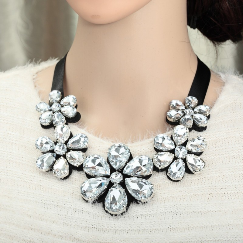 crystal flower bib necklace, crystal flower necklaces, cute and fashion