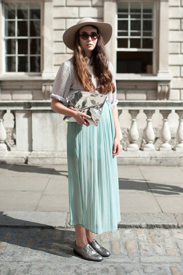 London Street Style Fashion Vintage Image 563938 On