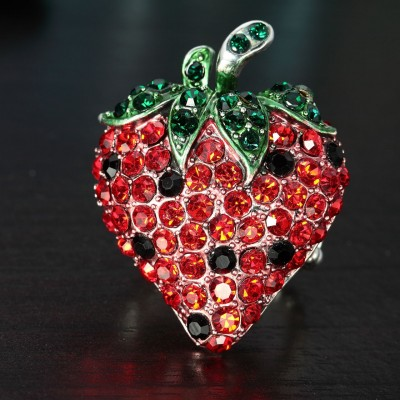 cocktail strawberry ring, crystal strawberry ring, fruit jewelry and fruit rings