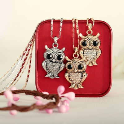 vintage necklace, silver pendant necklace, owl necklace and animal necklace