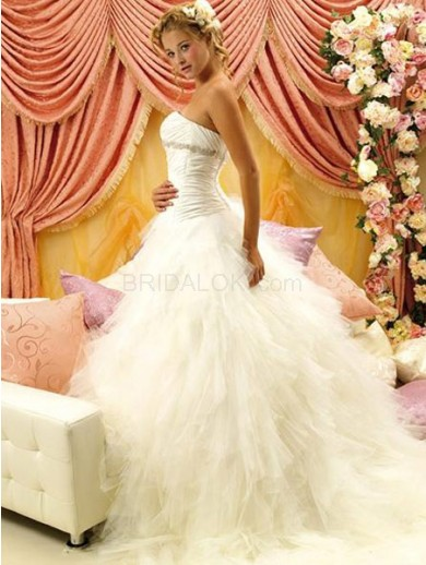 white rococo ball gown sweetheart beading yarn bridal wedding dress