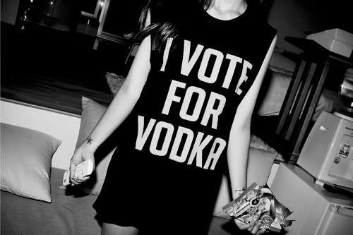alcohol, beautiful, beauty, cute, cuttest, girl, girls, girls just wanna have fun, hair, hairstyle, i vote for vodka, party, pretty