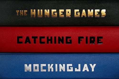books, catching fire, mockingjay and the hunger games