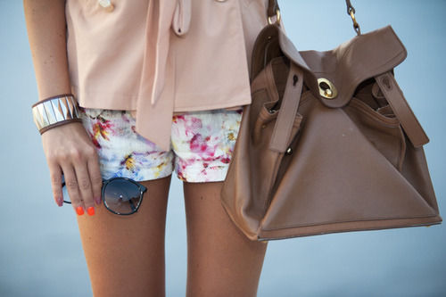 bracelet, cute, fashion, handbag, outfit, shorts, style, sunglass, top