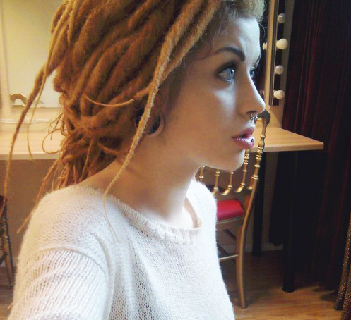 cyber dreads, dreads, girl and piercing