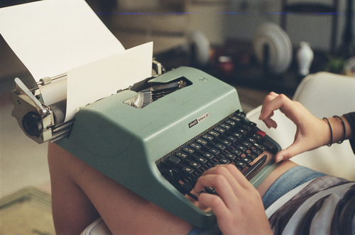 girl, photography, typewriter and typing