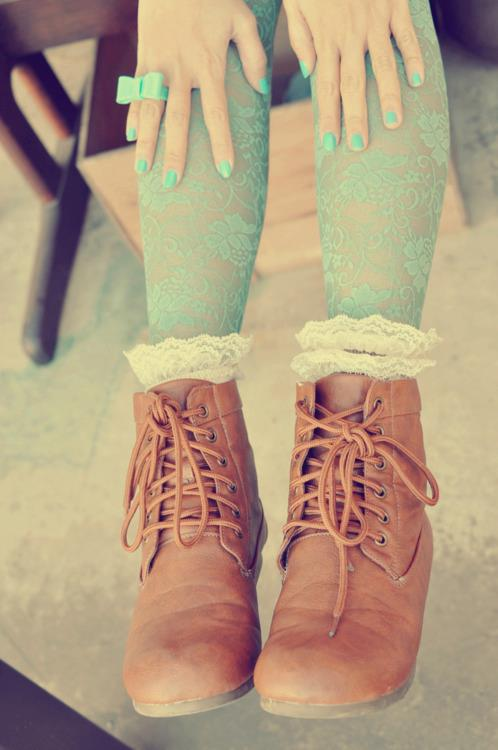 aqua, boots, brown, cute, girl, legs, nail polish, omg, pretty, shoes, vintage