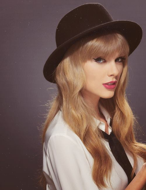 cute, famous, girl, love, photography, red, taylor swift